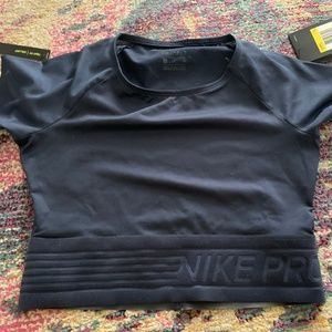 Nike Pro  Navy crop top - size small